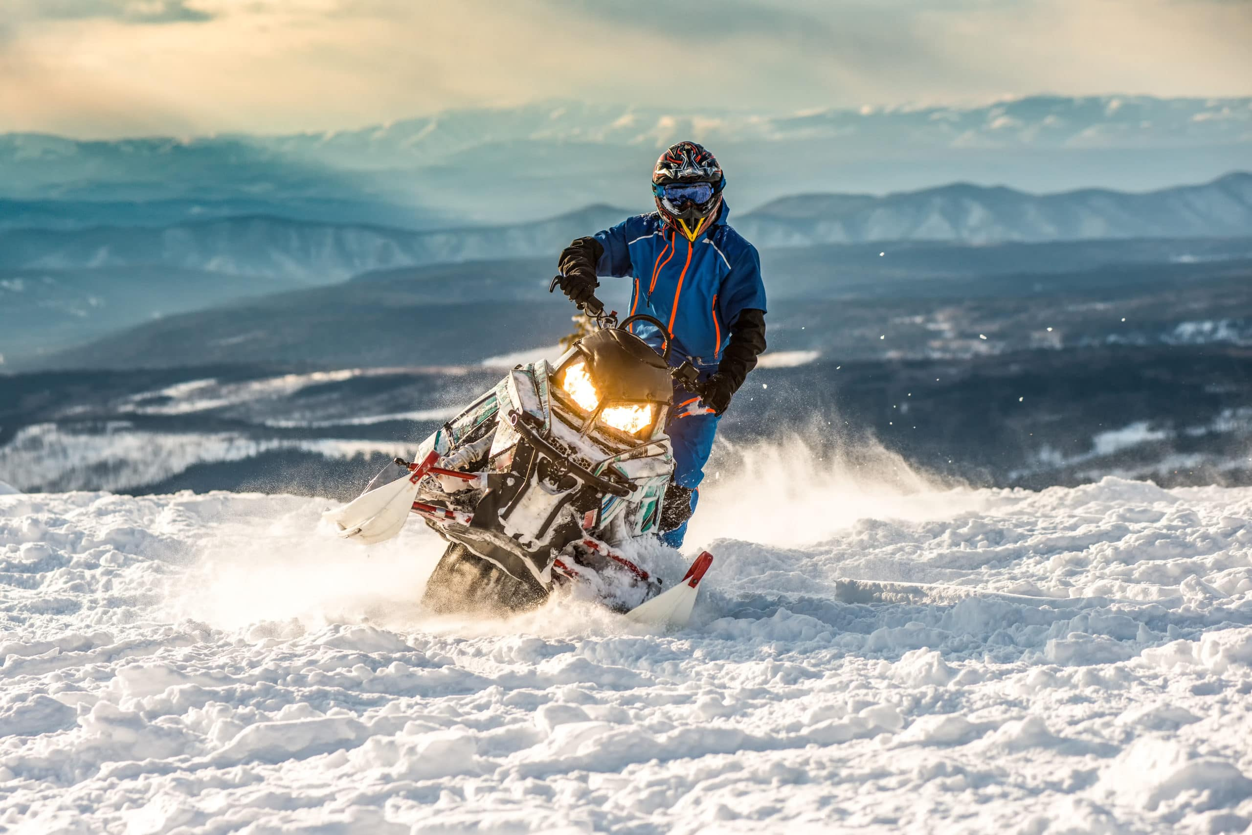 Snowmobile safety tips are important for all riders.